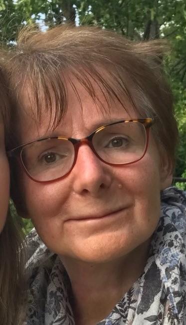 Témoignage d'Anne-Claire BEYE, 54 ans, atteinte d'EB dystrophique récessive